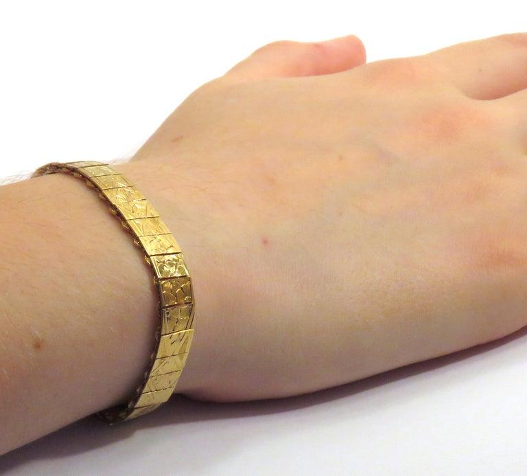Women's 1960s 18 Karat Yellow Gold Engraved Cuff Bracelet For Sale