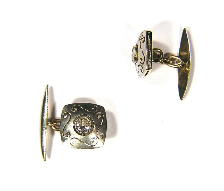 Antique Diamonds Silver Yellow Gold Carved Cufflinks In Excellent Condition For Sale In Milano, IT