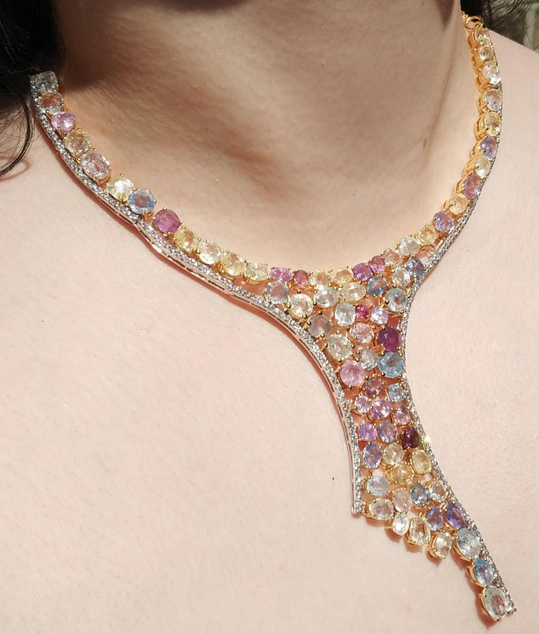 113 Carat Multicolored Sapphire and Diamond Necklace in Hourglass Design For Sale 1