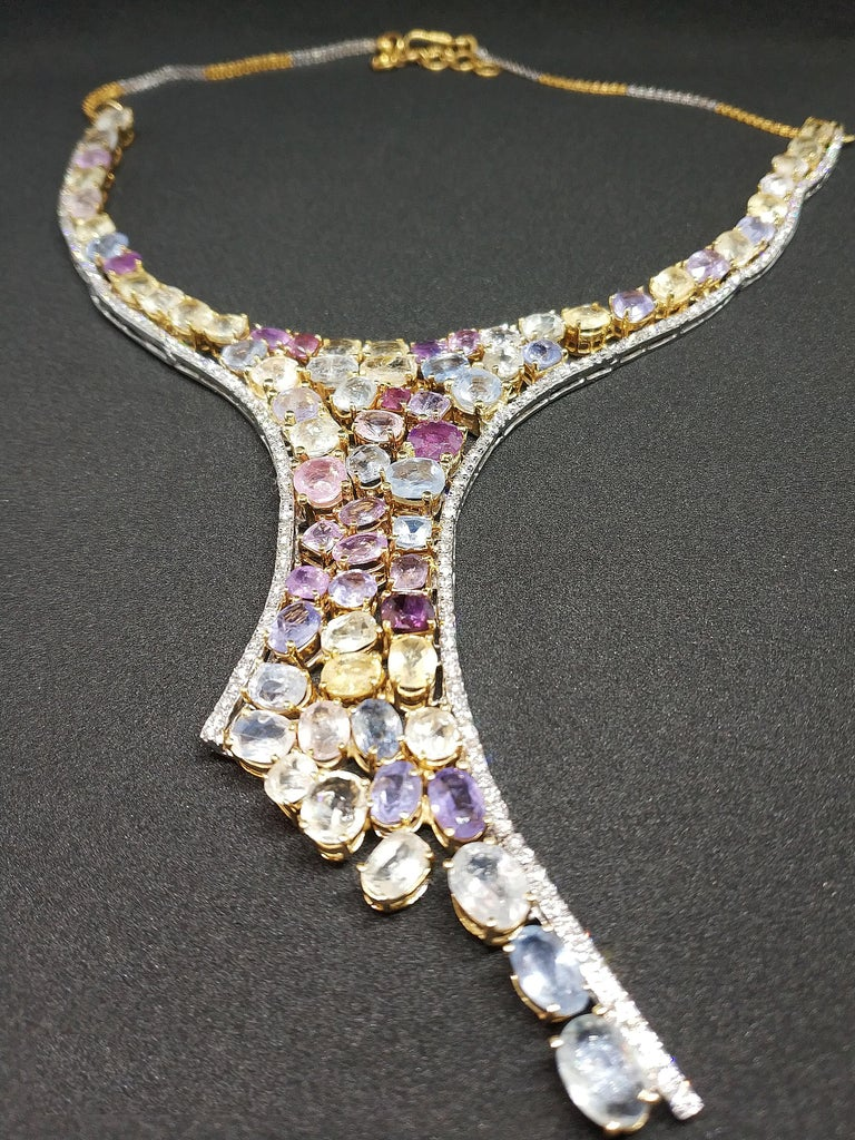 113 Carat Multicolored Sapphire and Diamond Necklace in Hourglass Design For Sale 5