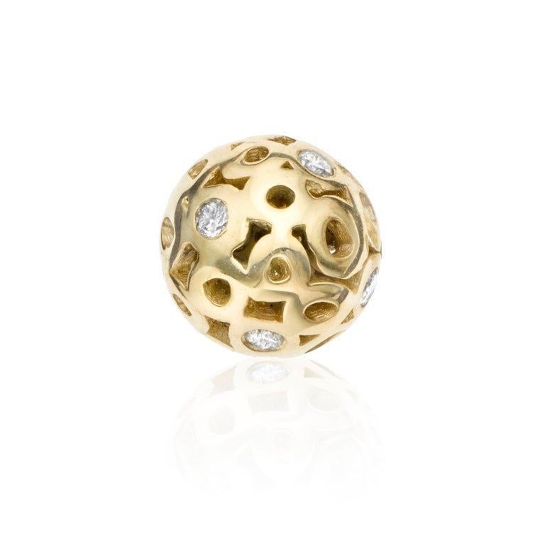 Contemporary White Diamond 0.42 Carat Sphere Stud Earring For Sale