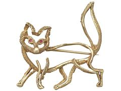 Ruby and 18k Yellow Gold 'Fox' Brooch - Vintage Circa 1960