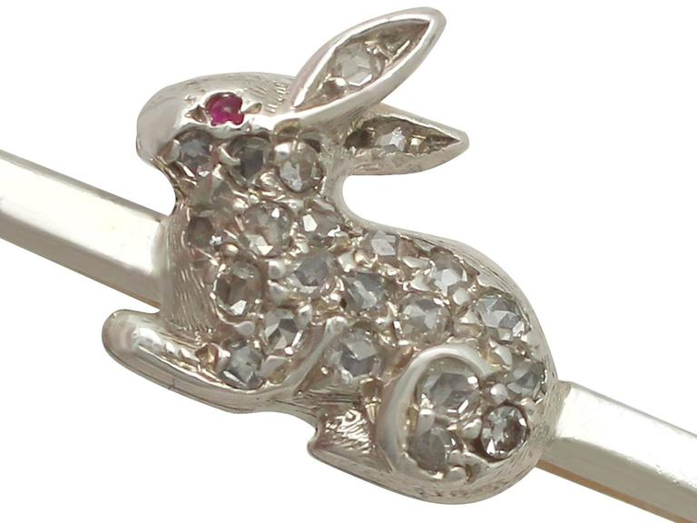 Antique 1900s 0.28 Carat Diamond and Ruby 9k Yellow Gold 'Rabbit' Brooch In Excellent Condition For Sale In Jesmond, GB