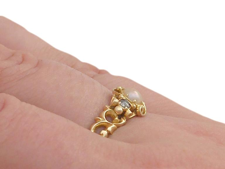 Antique Victorian Pearl and 0.04 ct Diamond, 18k Yellow Gold Dress Ring For Sale 5