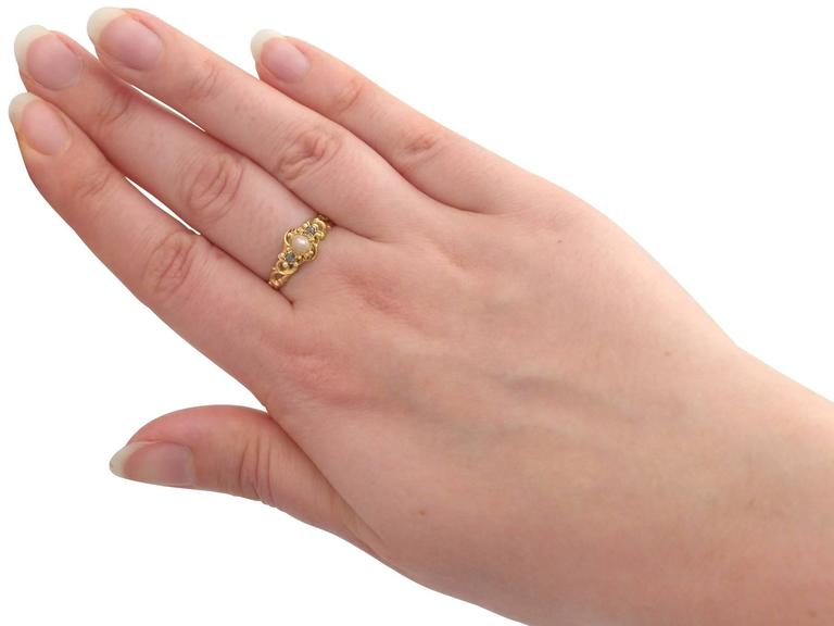 Antique Victorian Pearl and 0.04 ct Diamond, 18k Yellow Gold Dress Ring For Sale 3