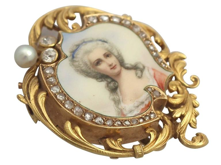 Victorian 1880s French 0.33 Carat Diamond and Pearl, Enamel and 18k Yellow Gold Brooch For Sale
