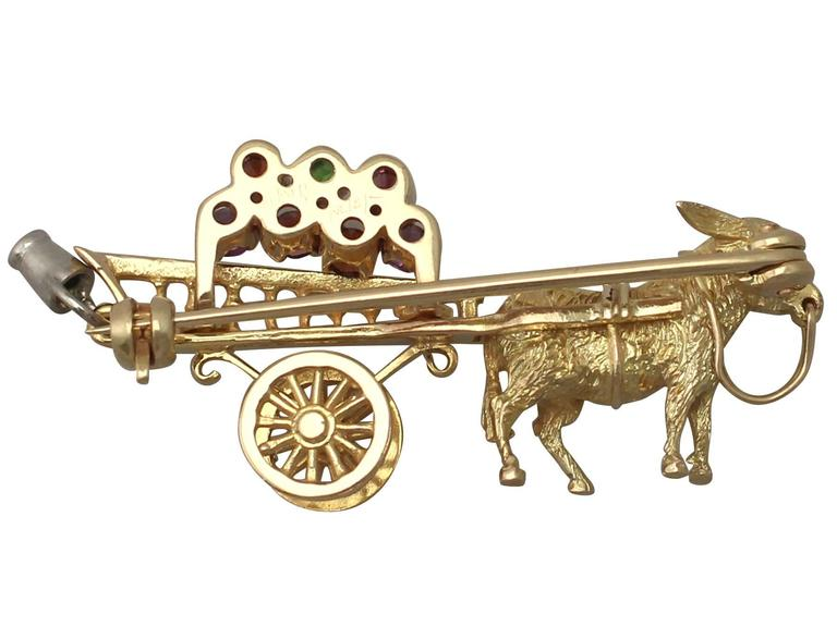 1960s Amethyst, Garnet and Peridot, Yellow Gold 'Donkey and Cart' Brooch For Sale 2