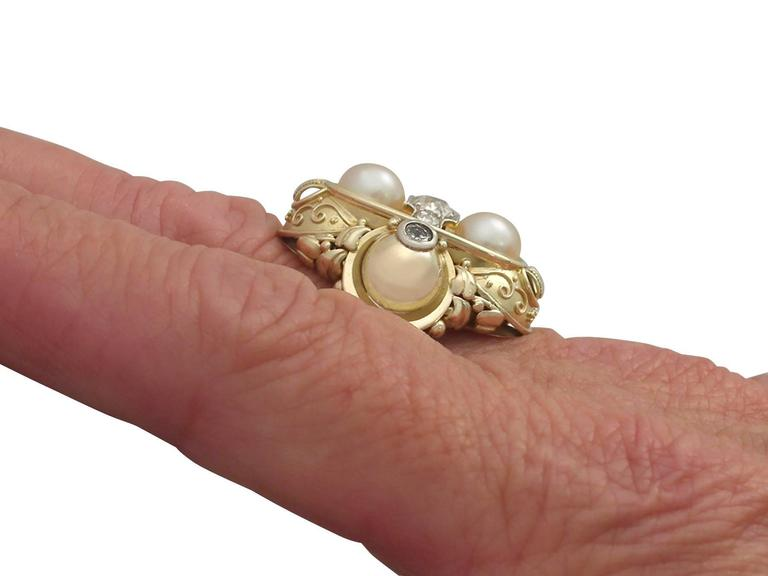 1950s German Pearl and Diamond Yellow Gold Cocktail Ring  For Sale 3