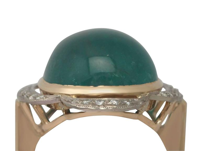 1940s 14.5 Carat Emerald and Diamond Yellow Gold Cocktail Ring 2