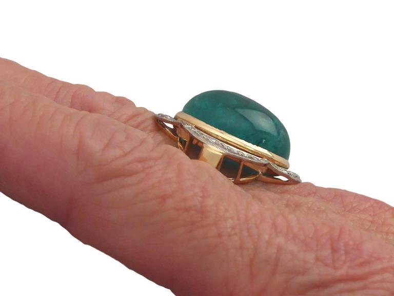 1940s 14.5 Carat Emerald and Diamond Yellow Gold Cocktail Ring 8