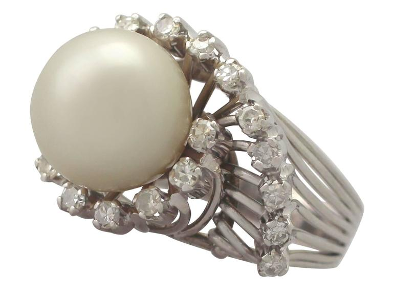 1960s South Sea Pearl and Diamond Platinum Cocktail Ring In Excellent Condition For Sale In Jesmond, Newcastle Upon Tyne