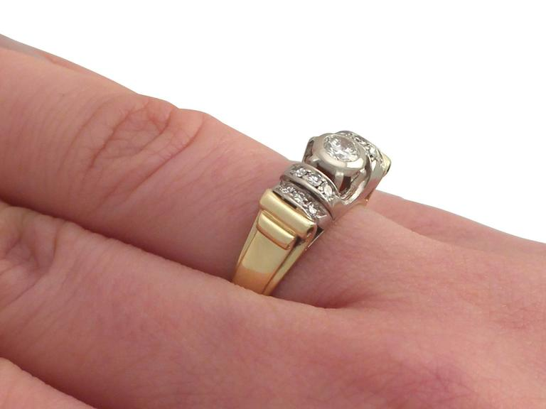 1940s Diamond and Yellow Gold Cocktail Ring For Sale 3