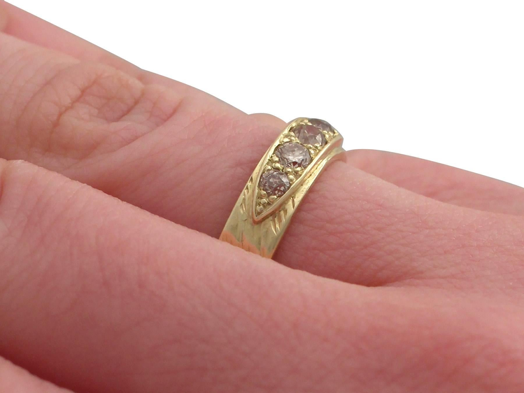 1970s Antique Diamond and Yellow Gold Ring For Sale at 1stdibs
