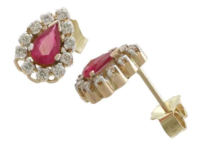 1980s 1.20 Carat Ruby Diamond Yellow Gold Cluster Earrings 5
