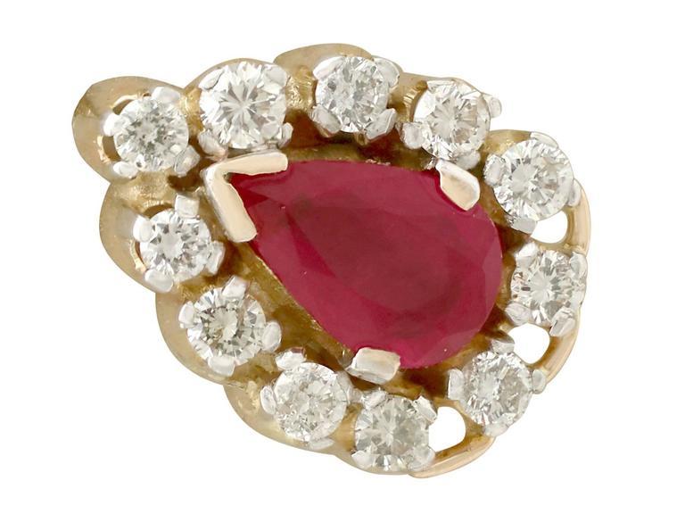 1980s 1.20 Carat Ruby Diamond Yellow Gold Cluster Earrings 2