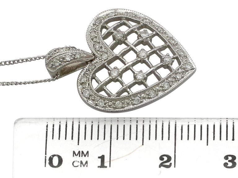 1960s Diamond White Gold Heart Pendant For Sale 2
