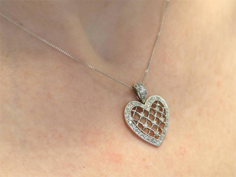 1960s Diamond White Gold Heart Pendant For Sale 5