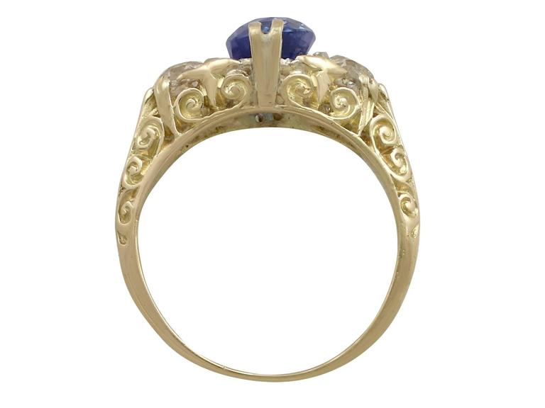 Women's 1890s Victorian 3.11 Carat Sapphire Diamond Yellow Gold Trilogy Ring For Sale
