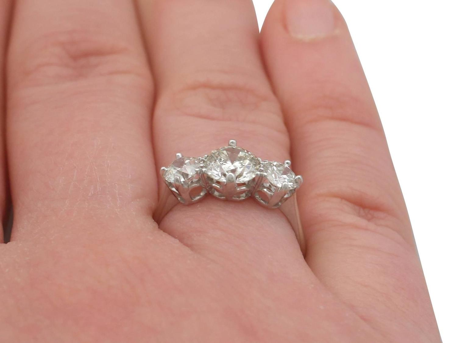 1940s Diamond and Platinum Three-Stone Ring For Sale at 1stdibs