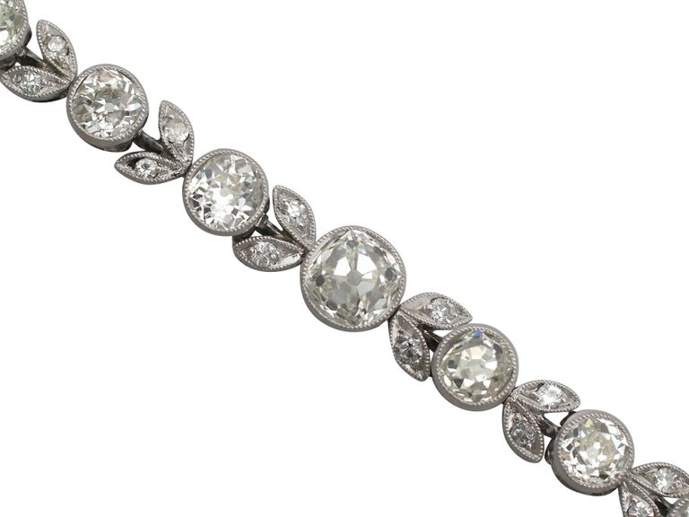 1930s 3.20 Carat Diamond and White Gold, Platinum Bracelet In Excellent Condition For Sale In Jesmond, Newcastle Upon Tyne