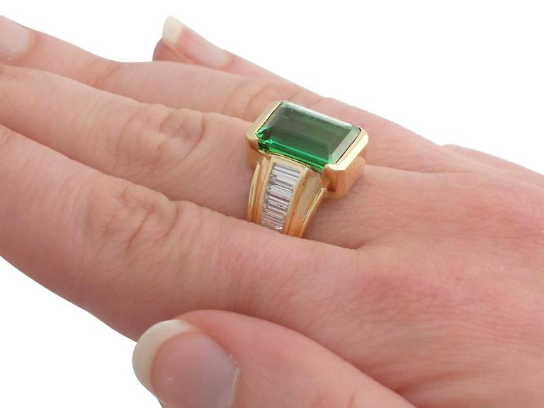 1990s 6.20 Carat Tourmaline and Diamond Yellow Gold Cocktail Ring For Sale 2