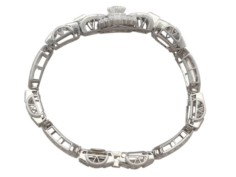 An exceptional vintage French Art Deco 21.38 carat diamond and platinum bracelet; part of our diverse diamond jewelry and estate jewelry collections  This exceptional, stunning, fine and impressive diamond bracelet has been crafted in platinum.  The