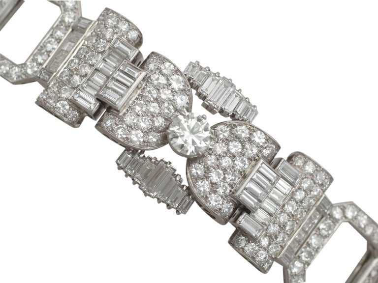 Art Deco 1950s French  21.38 Carat Diamond and Platinum Bracelet For Sale