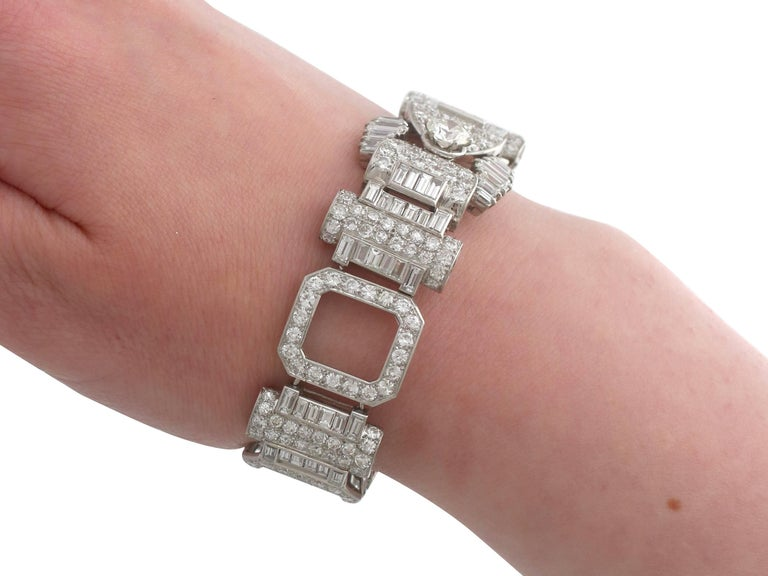 1950s French  21.38 Carat Diamond and Platinum Bracelet For Sale 3