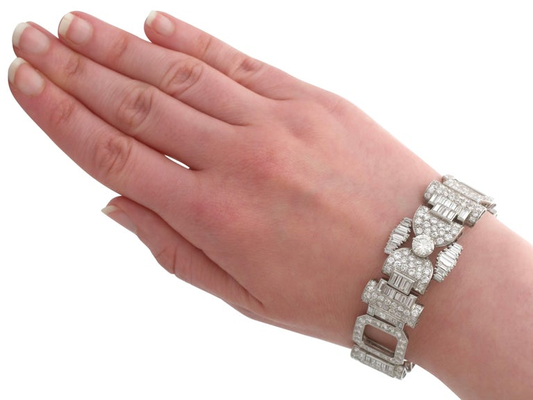 1950s French  21.38 Carat Diamond and Platinum Bracelet For Sale 5