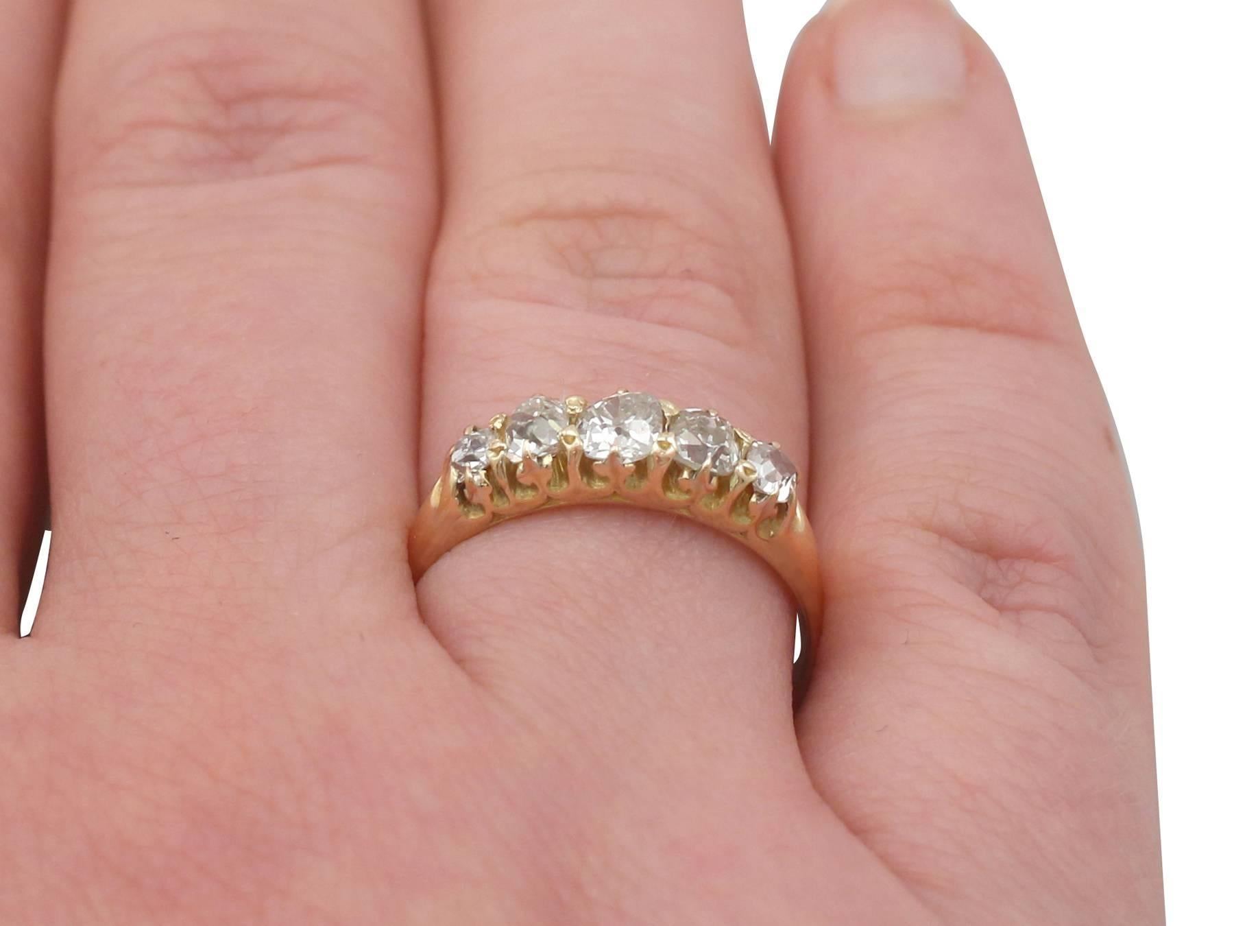 1900s Diamond and Yellow Gold Five-Stone Ring For Sale at 1stdibs