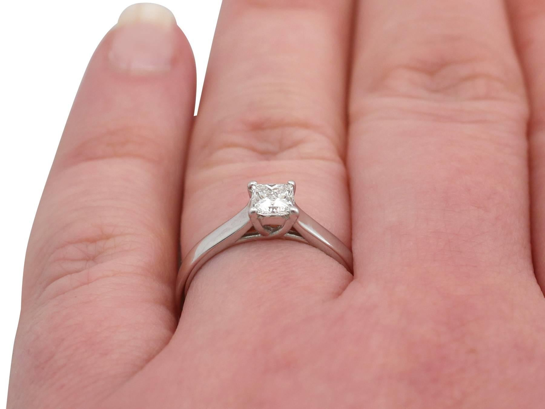1990s Diamond and 18 Carat White Gold Solitaire Ring For Sale at 1stdibs