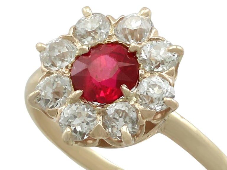 1930s Ruby and Diamond Yellow Gold Cluster Ring In Excellent Condition For Sale In Jesmond, Newcastle Upon Tyne