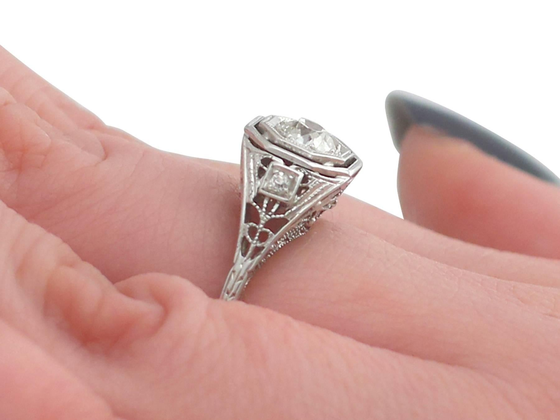 Antique 1920s Diamond and White Gold Solitaire Ring For Sale at 1stdibs