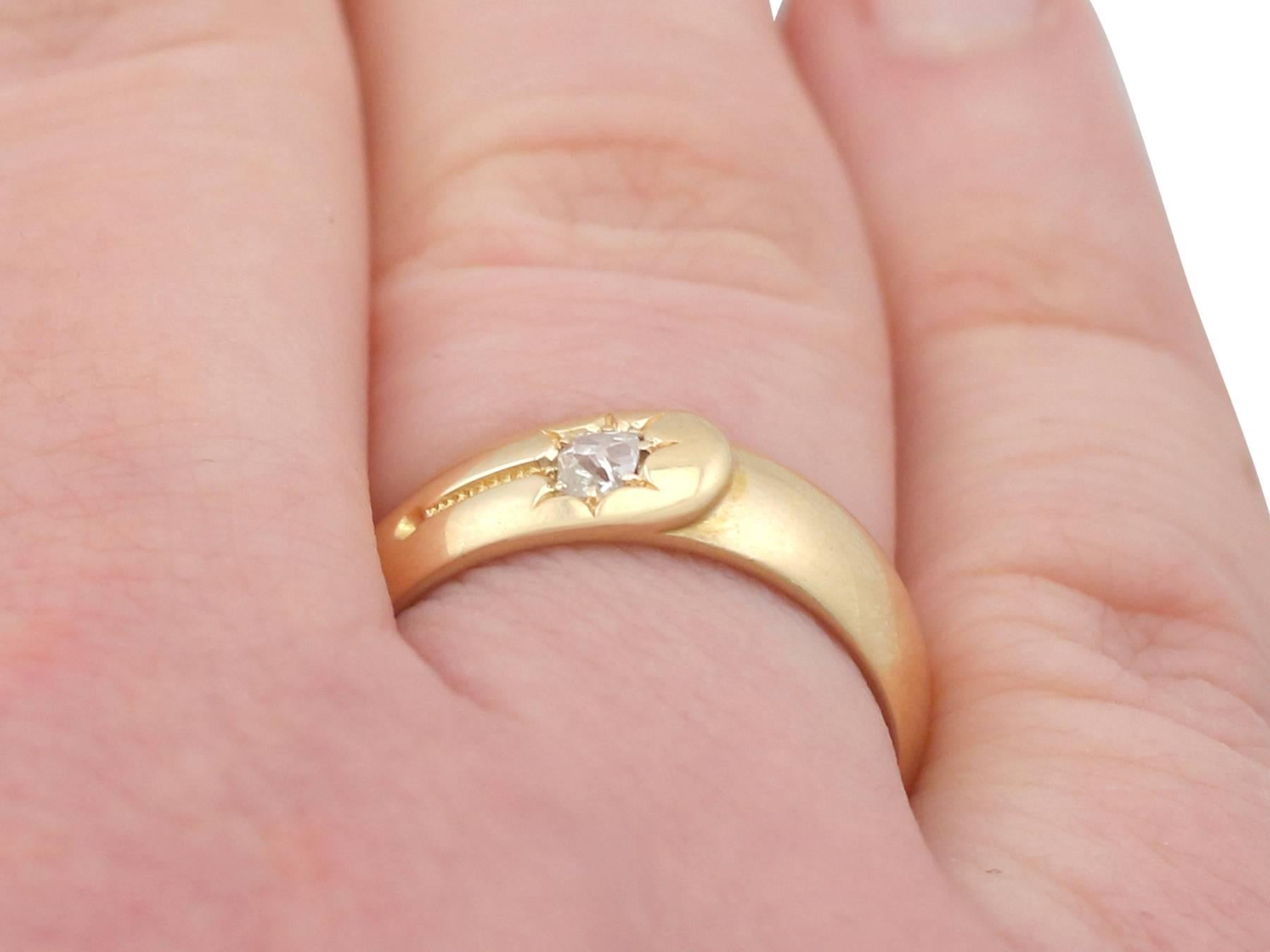 1880s Antique Diamond and Yellow Gold Wedding Band For Sale at 1stdibs