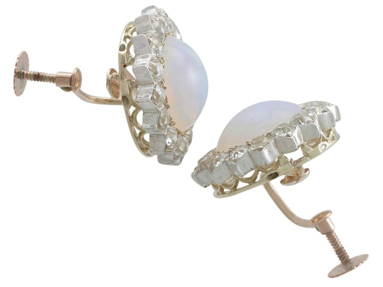 1880s Victorian 7.76 ct Opal and 2.05 ct Diamond Yellow Gold Clip On Earrings In Excellent Condition For Sale In Jesmond, Newcastle Upon Tyne