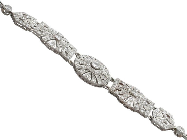 1940s Art Deco 4.48 Carat Diamond and Platinum Bracelet For Sale 1