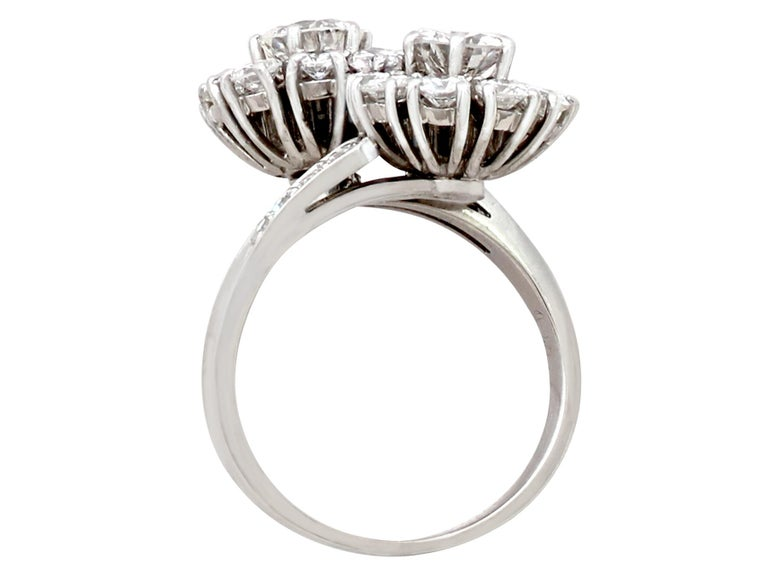 1970s 2.40 Carat Diamond and White Gold Twist Ring For Sale 1