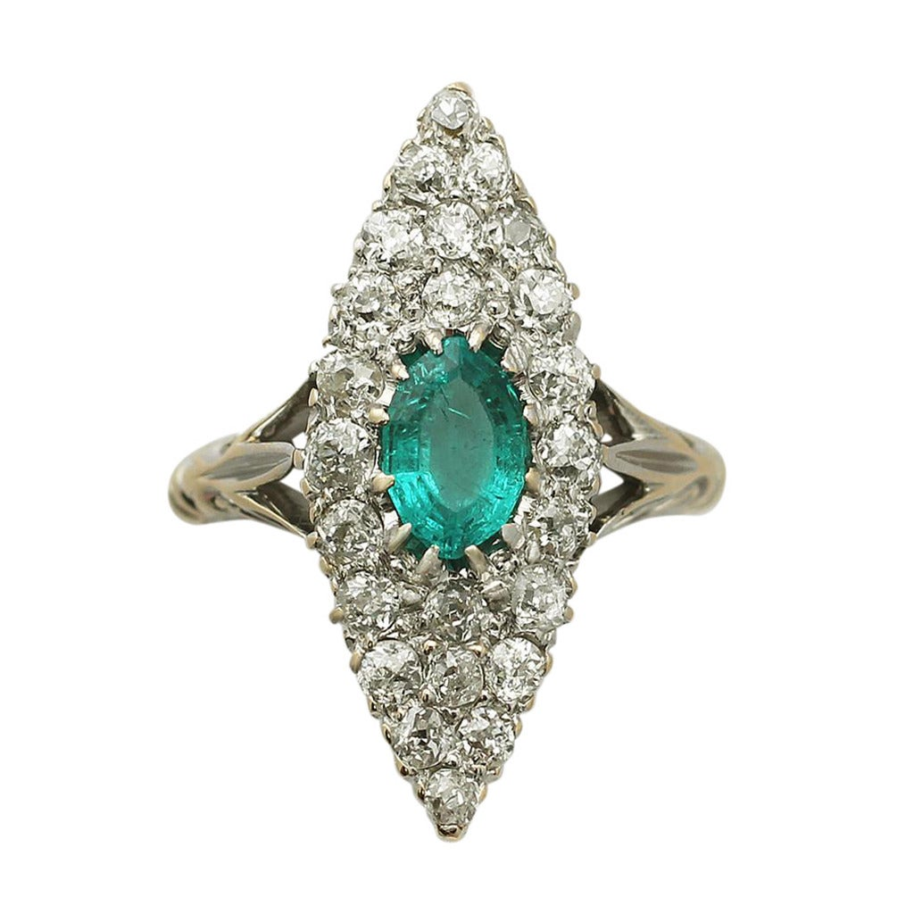 0 63 carat emerald and 0 92 carat 18k yellow gold