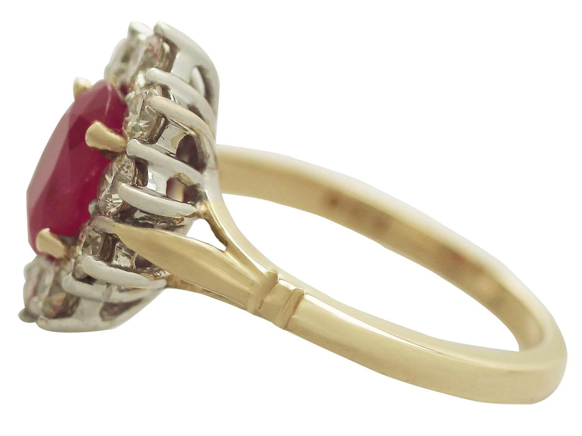 1.88 Carat Ruby and Diamond Yellow Gold Cluster Ring In Excellent Condition For Sale In Jesmond, GB