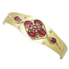 5.24Ct Garnet and 18k Yellow Gold Bangle - Antique Victorian