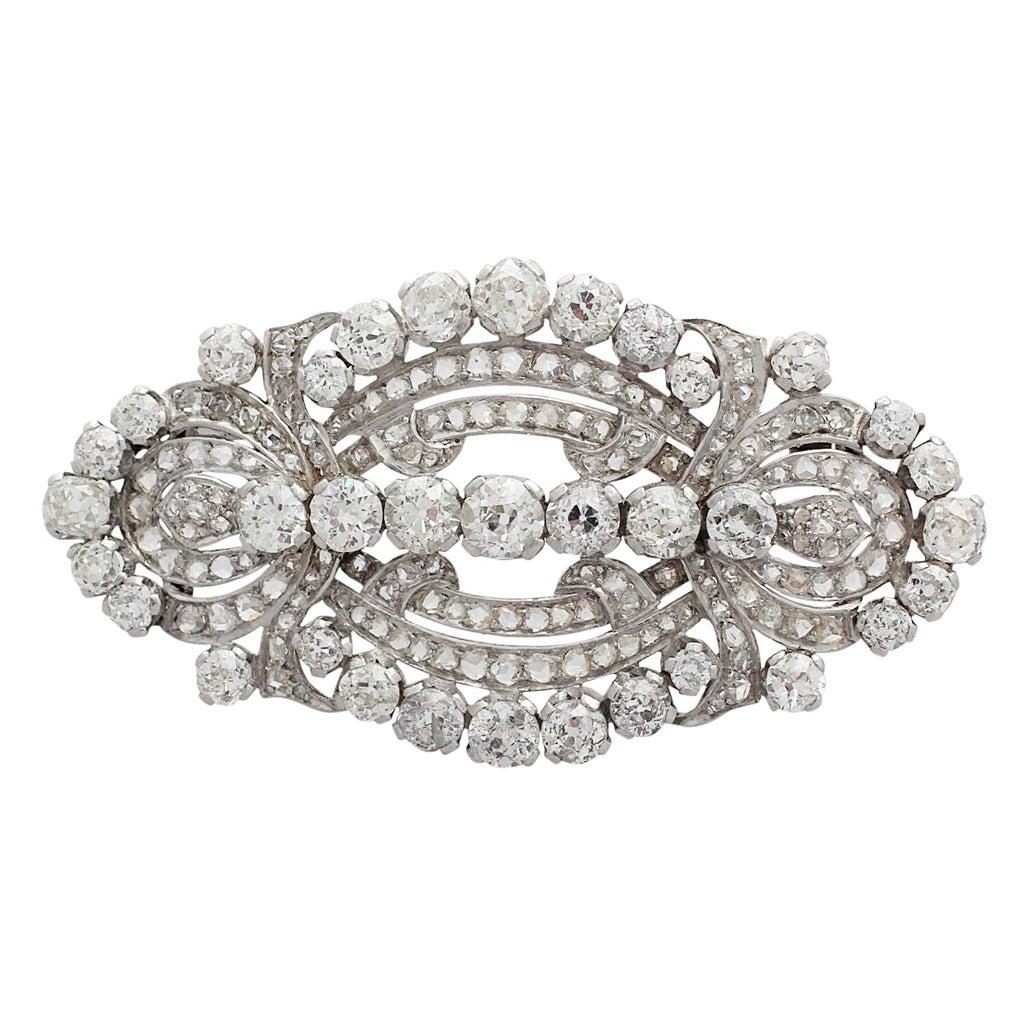 11.21 Carat Diamond and Platinum Brooch, Art Deco Style, Antique, circa 1920 1
