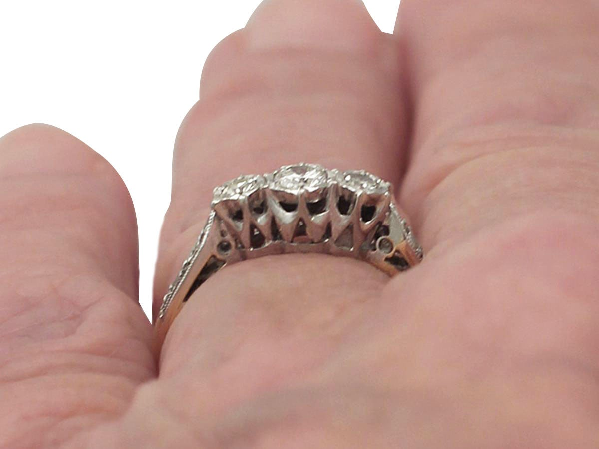 1940s 0.41 Carat Diamond and 18k Yellow Gold Trilogy Ring