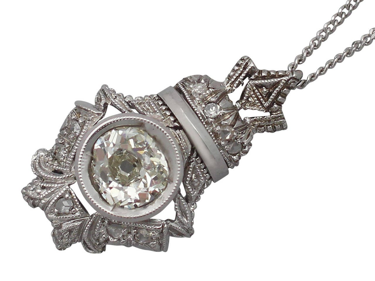 0.84 Carat Diamond and 18 Karat White Gold Pendant, Antique, circa 1900 In Excellent Condition For Sale In Jesmond, Newcastle Upon Tyne