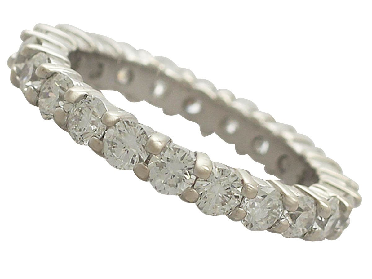 3.38Ct Diamond and 18k White Gold Full Eternity Ring - Vintage Circa 1990 In Excellent Condition For Sale In Jesmond, GB