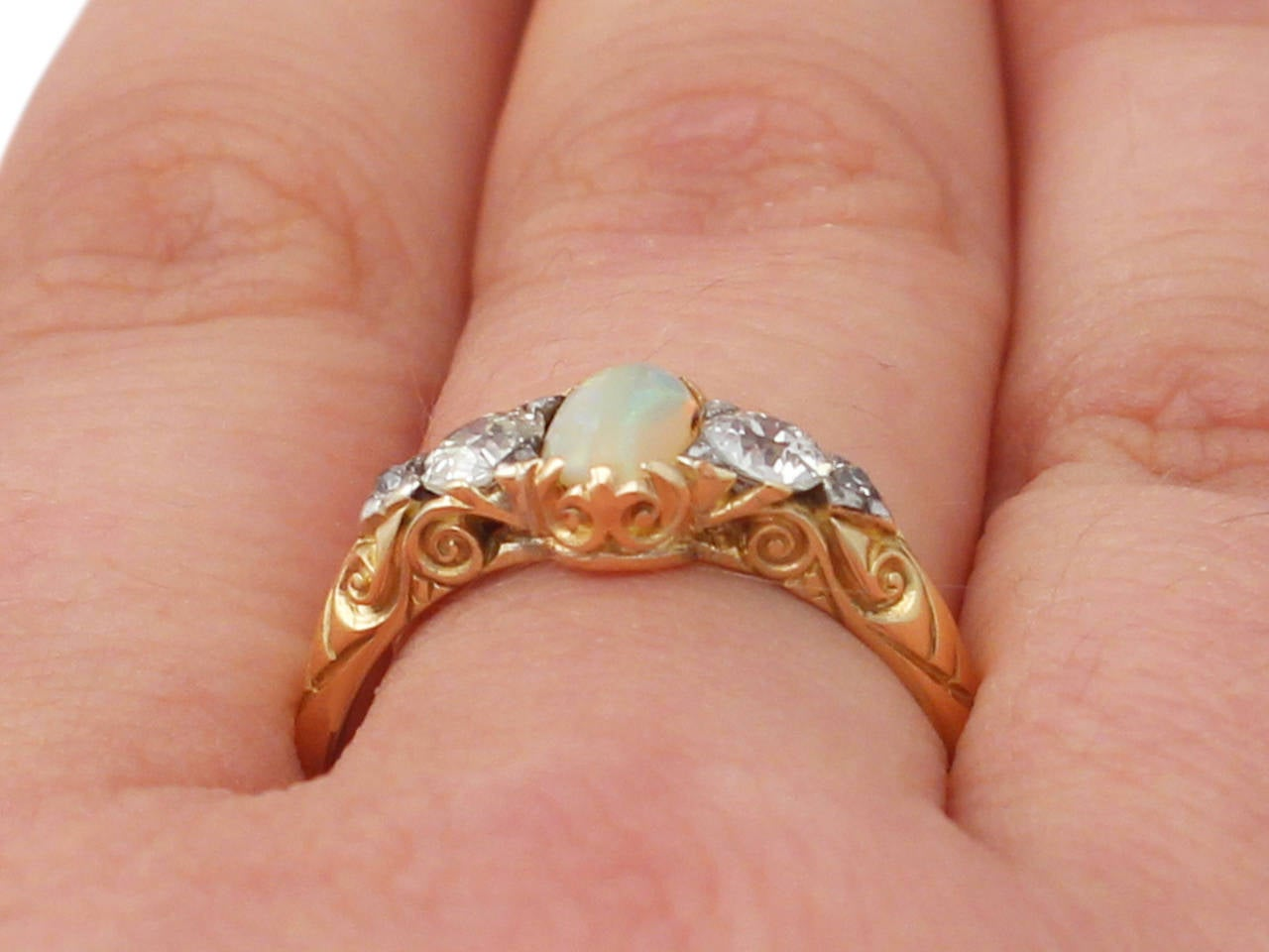 0.48Ct Opal & 0.76Ct Diamond 18k Yellow Gold Trilogy Ring - Antique Victorian 9
