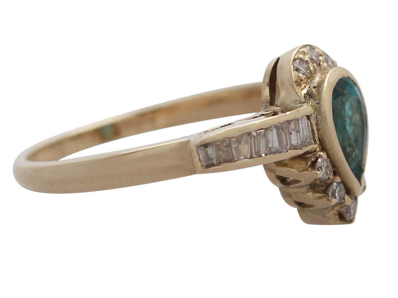 Emerald & Diamond Yellow Gold Cocktail Ring In Excellent Condition For Sale In Jesmond, GB
