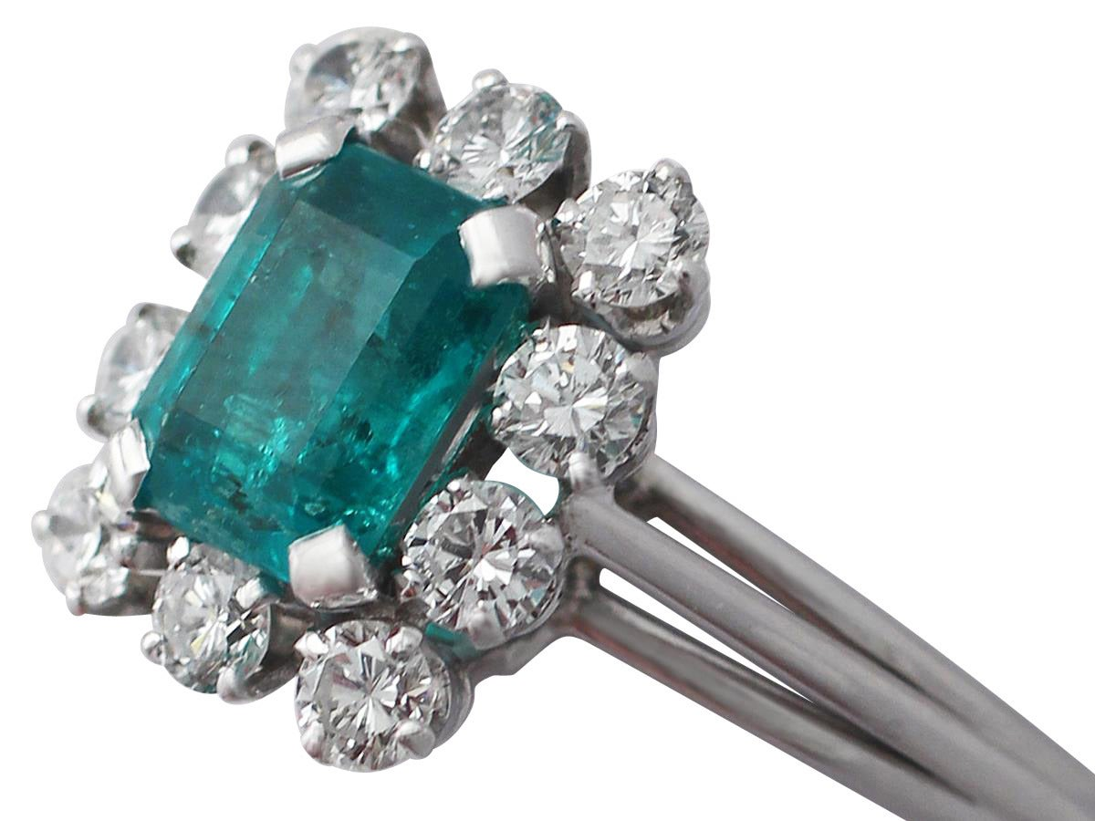 1.60Ct Emerald & 0.78Ct Diamond, Platinum Cluster Ring - Vintage French In Excellent Condition For Sale In Jesmond, GB