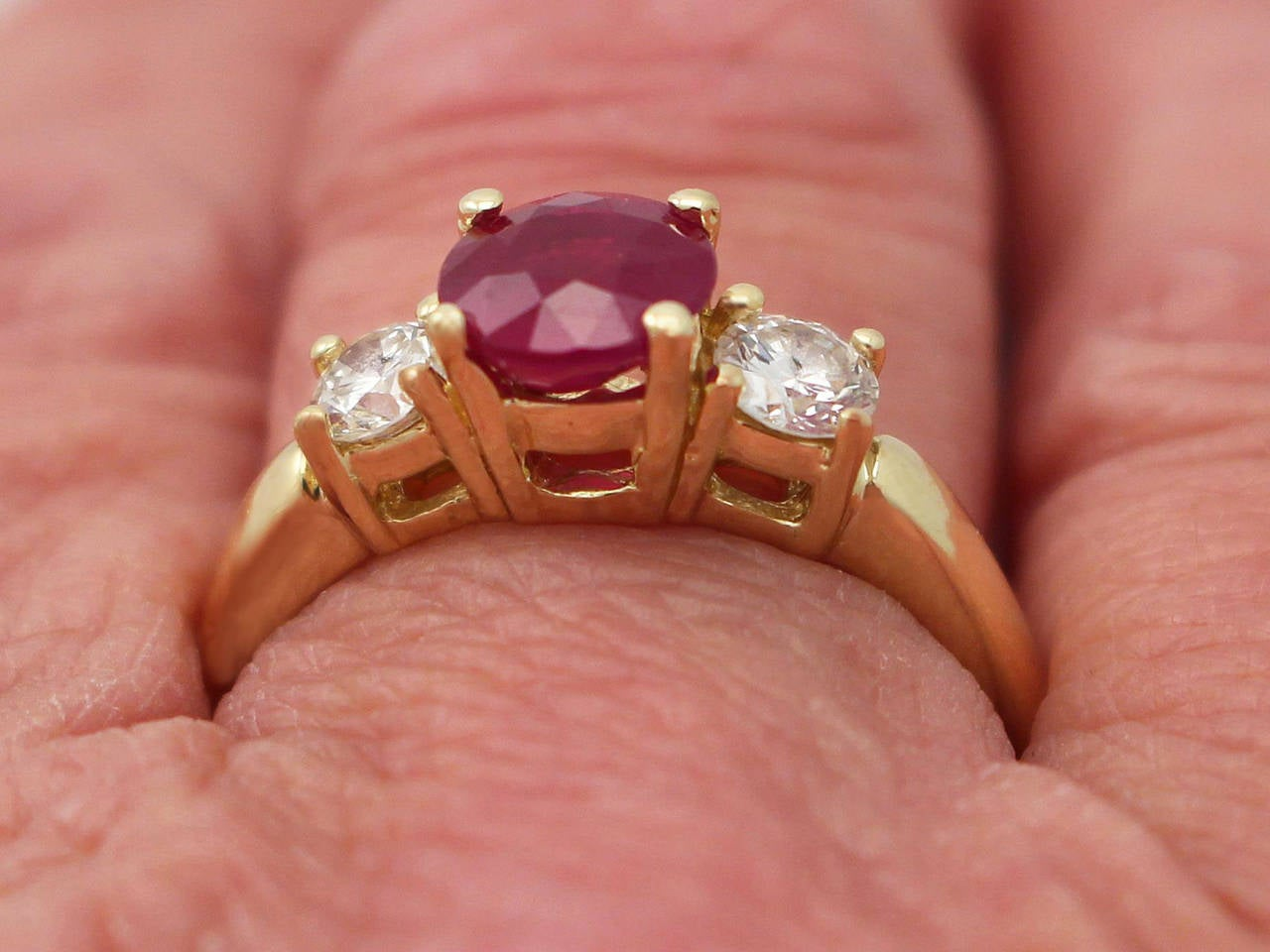 1.32Ct Ruby & 0.46Ct Diamond, 18k Yellow Gold Trilogy Ring - Contemporary  For Sale 4