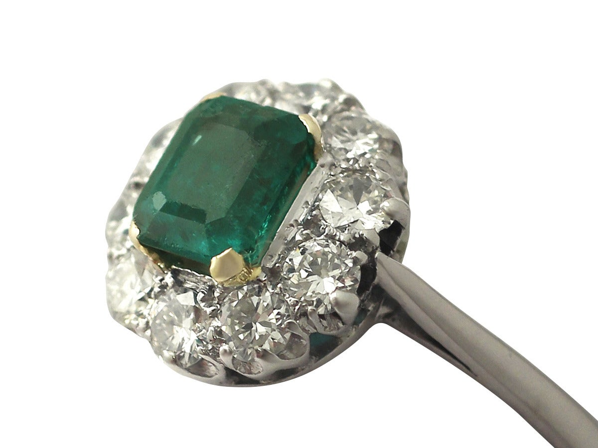 0.88 Ct Emerald and 0.65 Ct Diamond 18k White Gold Cluster Ring - Vintage 2