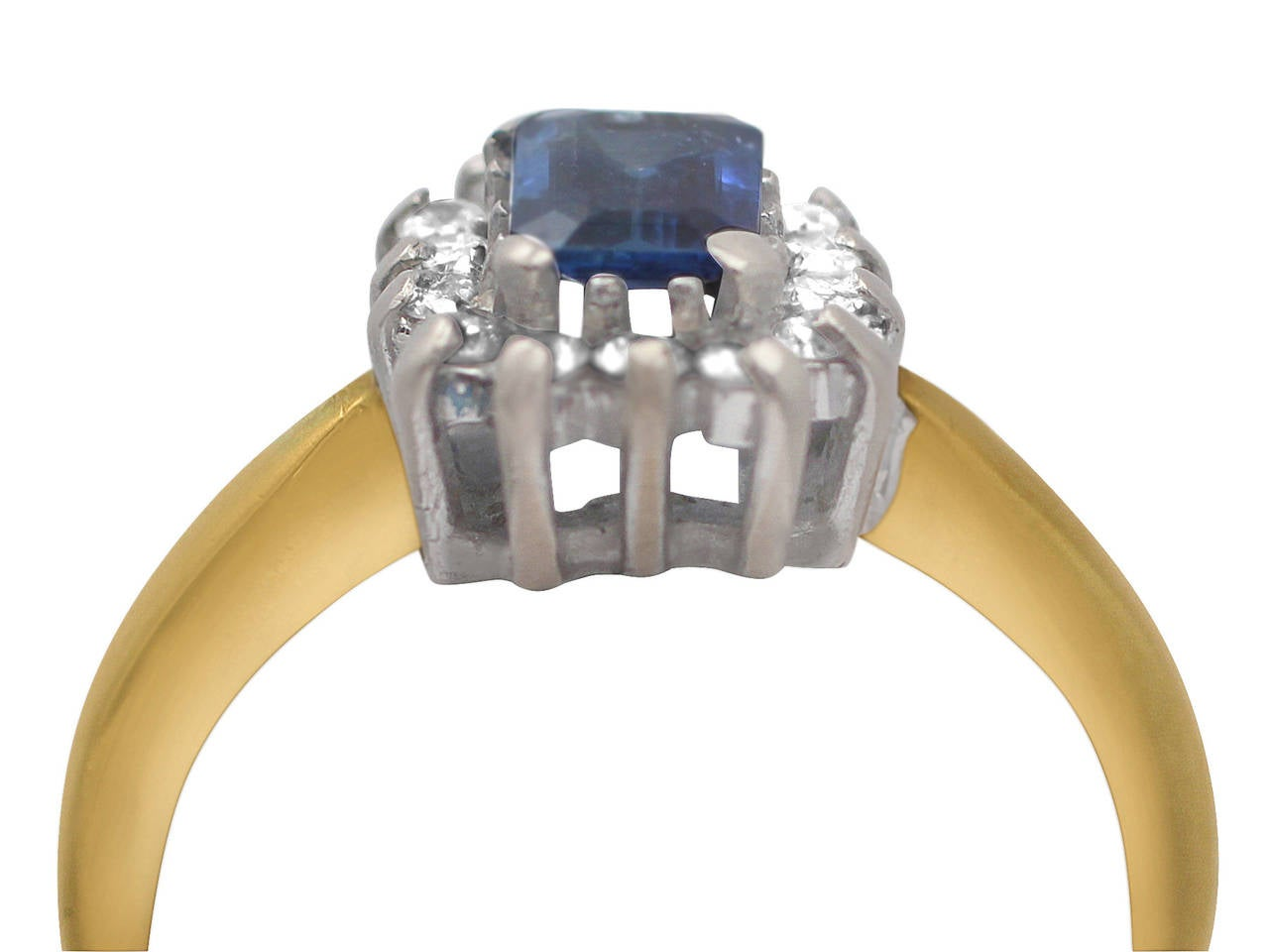 0.48Ct Sapphire & 0.35Ct Diamond, 18k Yellow Gold Cluster Ring - Vintage 2